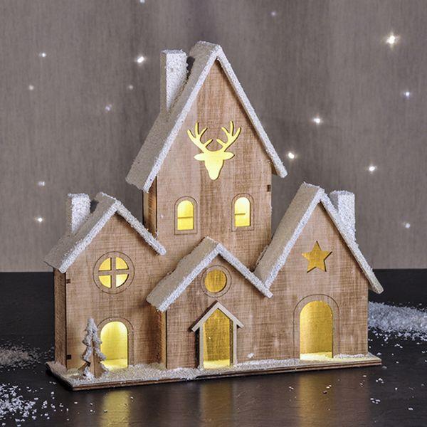 beleuchtetes holzhaus weihnachtshaus haus beleuchtet deko weihnachten mit schnee wohnen. Black Bedroom Furniture Sets. Home Design Ideas